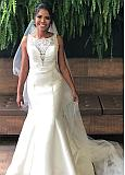 Elegant Tulle & Satin Jewel Neckline Mermaid Wedding Dresses With Beaded Lace Appliques