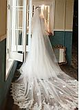 In Stock Chic Two-layer Cathedral Wedding Veil With Lace Appliques & Comb